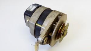 Lichtmaschine / Drehstromgenerator 35V 14A - Volvo Penta 841379